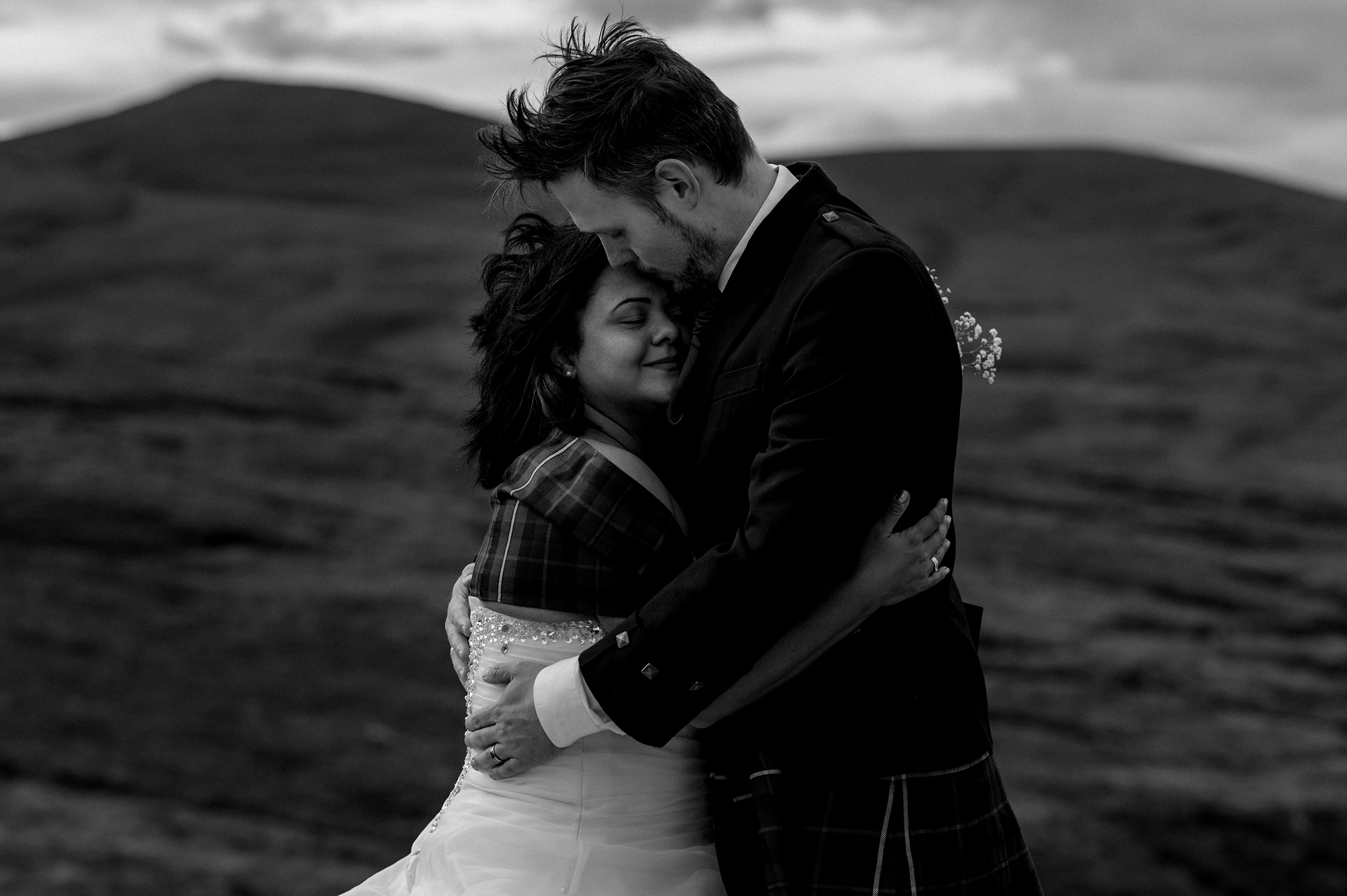 wedding couple shoot cairngorms