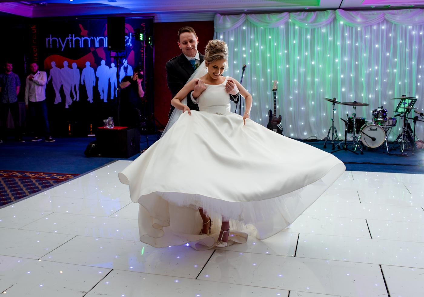 nairn wedding dancing photos newton hotel